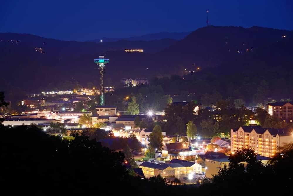 4 Things To Know Before Going To The Gatlinburg Christmas