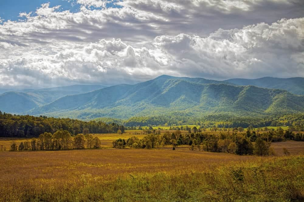 Beautiful picture of a mountain in Cades Cove.