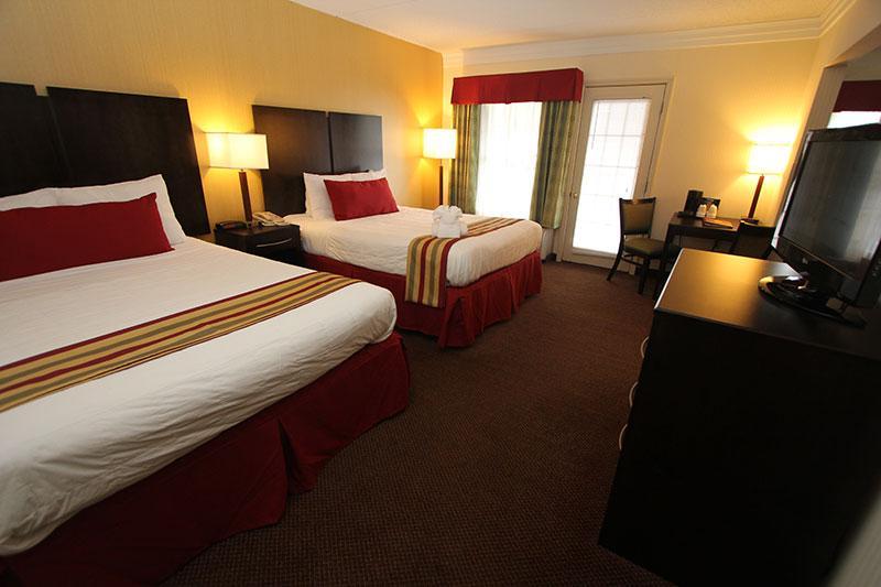 family suite gatlinburg tn hotel